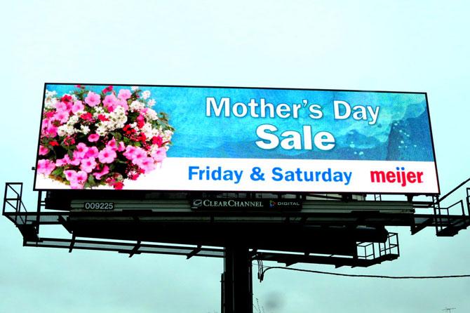 Meijer-Mother's-Day-Digital-Billboard