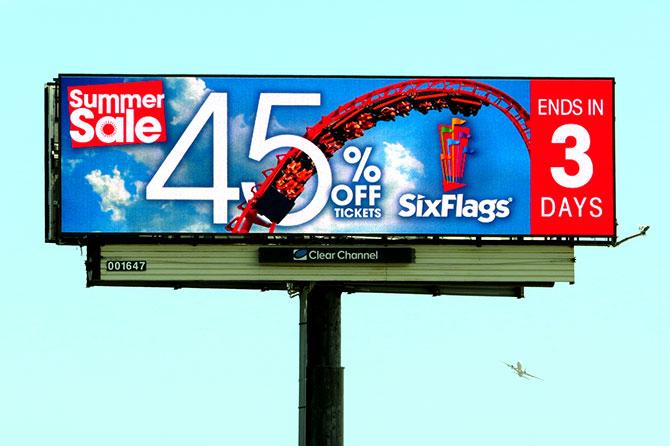 Six Flags Great America Digital Billboard