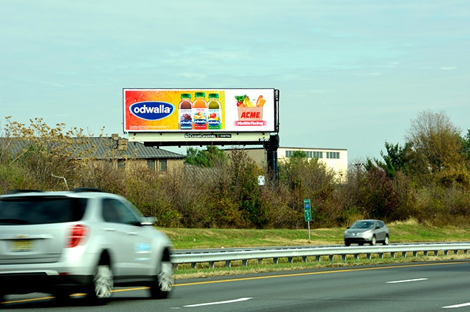 Odwalla #GetItIntheBag Digital Billboard